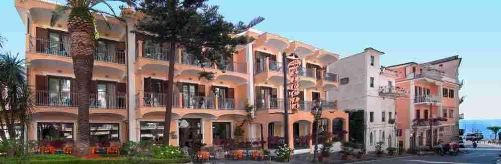 Offerta ponte del 2 Giugno, costiera amalfitana Hotel Santa lucia