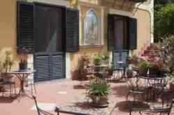 Fantastica offerta, Hotel Argine Fiorito