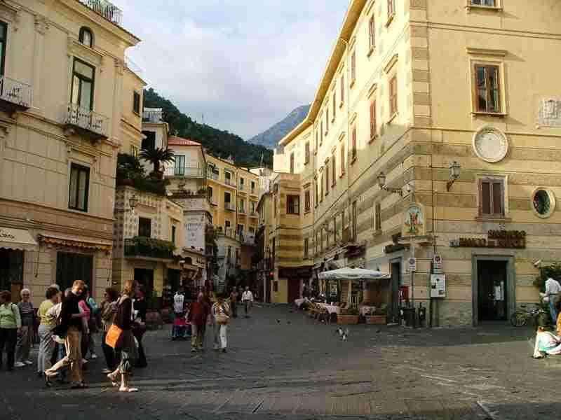 Amalfi, aperta d'inverno