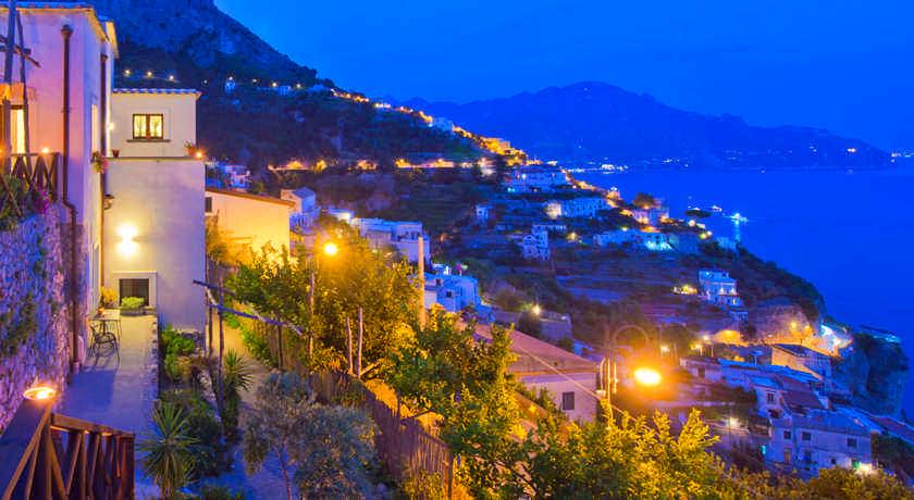 Antico-borgo-limoni-panorama4