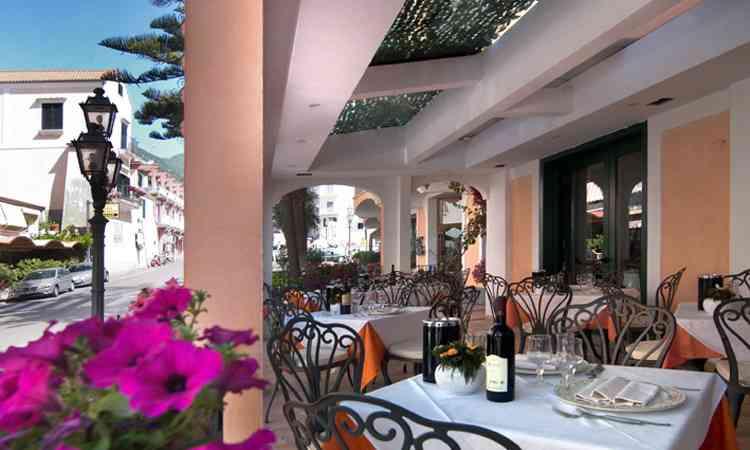 Hotel-SantaLucia-esterni