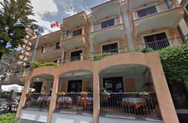 Hotel Santa Lucia facciata