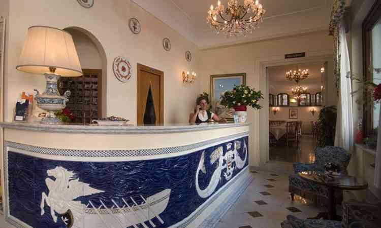 Hotel-SantaLucia-interni