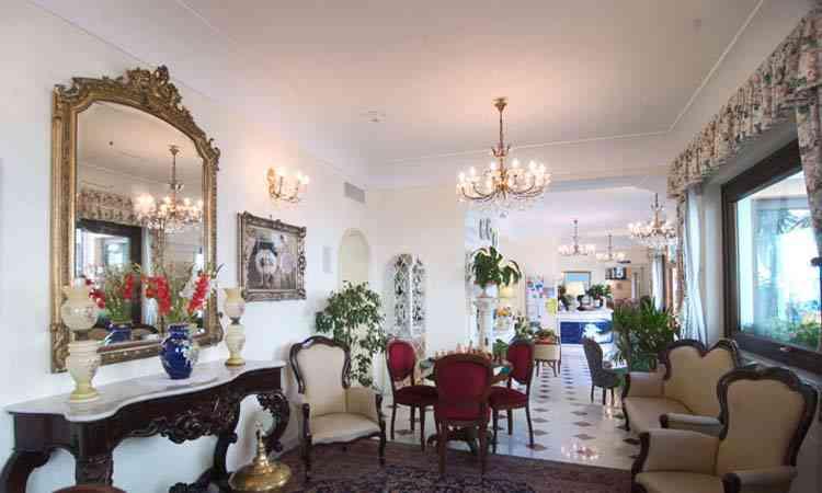 Hotel-SantaLucia-interni2
