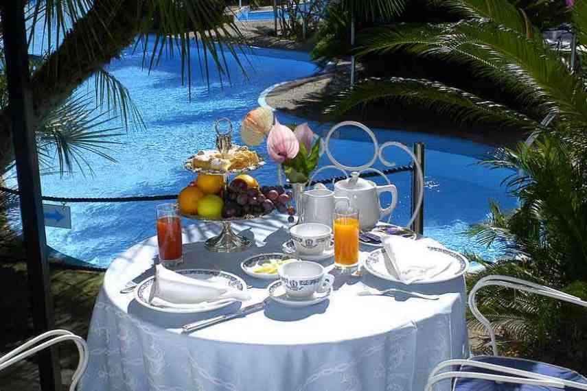 Reginna-Palace-Hotel-piscina4