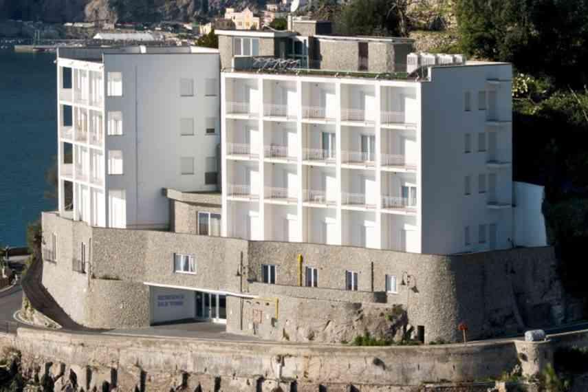 Residence-Due-Torri-vista2