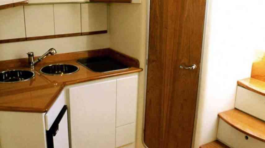 amalfi-yachting-charter-interni-motoscafo008
