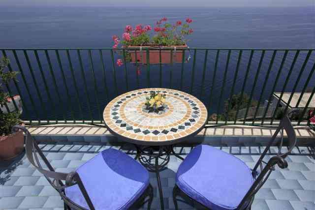 hotel-il-nido-terrazzino-camera