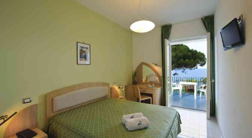 hotel-il-pino-camera4
