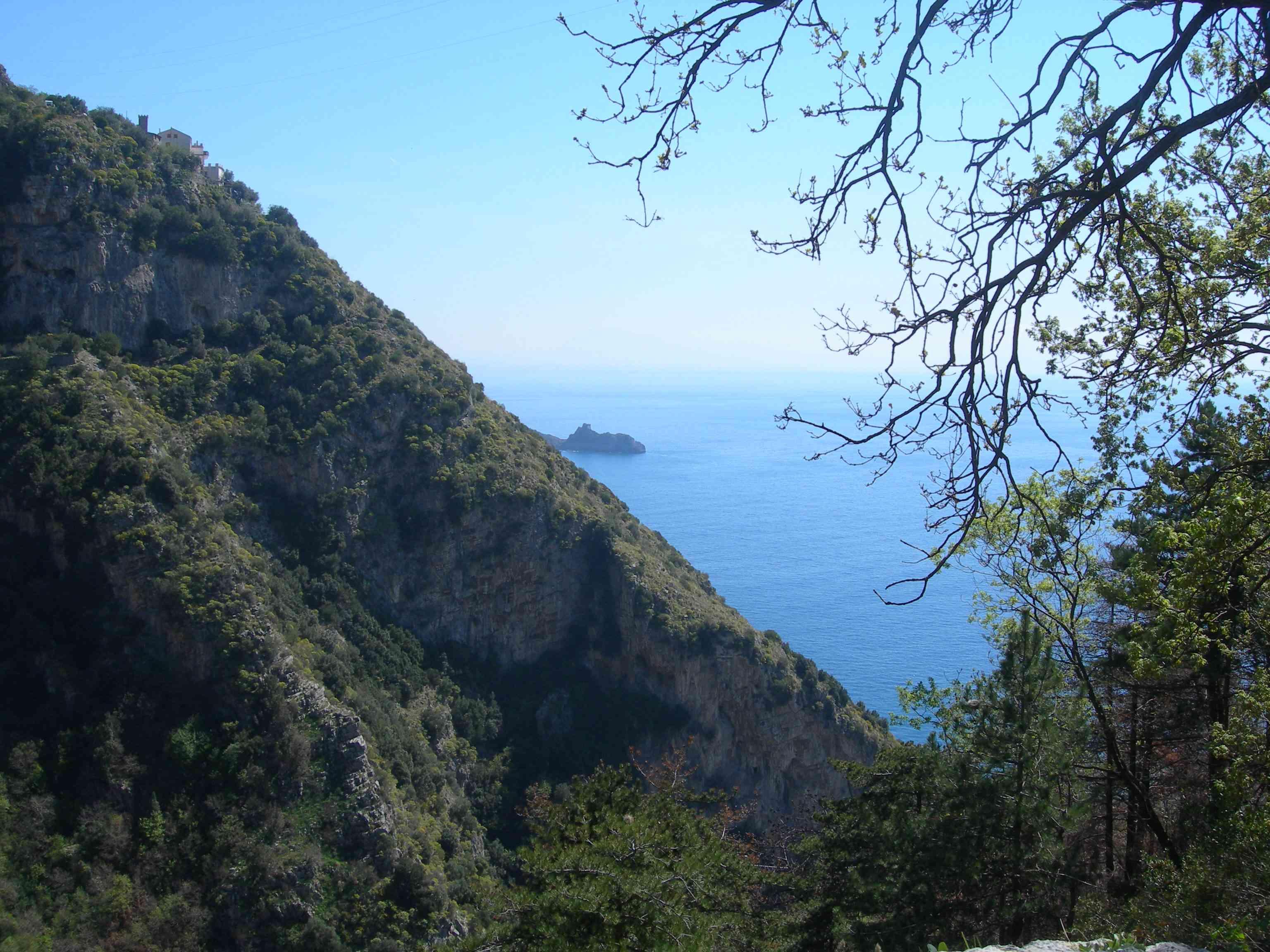 Trekking in Costiera Amalfitana tra panorami spettacolari