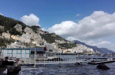 Amalfi Attracco Dei Traghetti