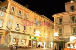 Amalfi Piazza Duomo A Natale