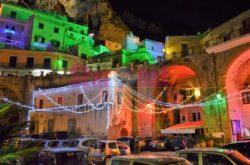 Atrani Via Gabriele Di Benedetto Illuminata Per Natale