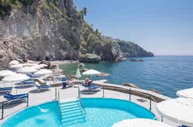 Hotel Tritone Praiano 380x250