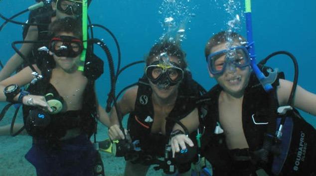 Diving center Nettuno -bambini in  immersione